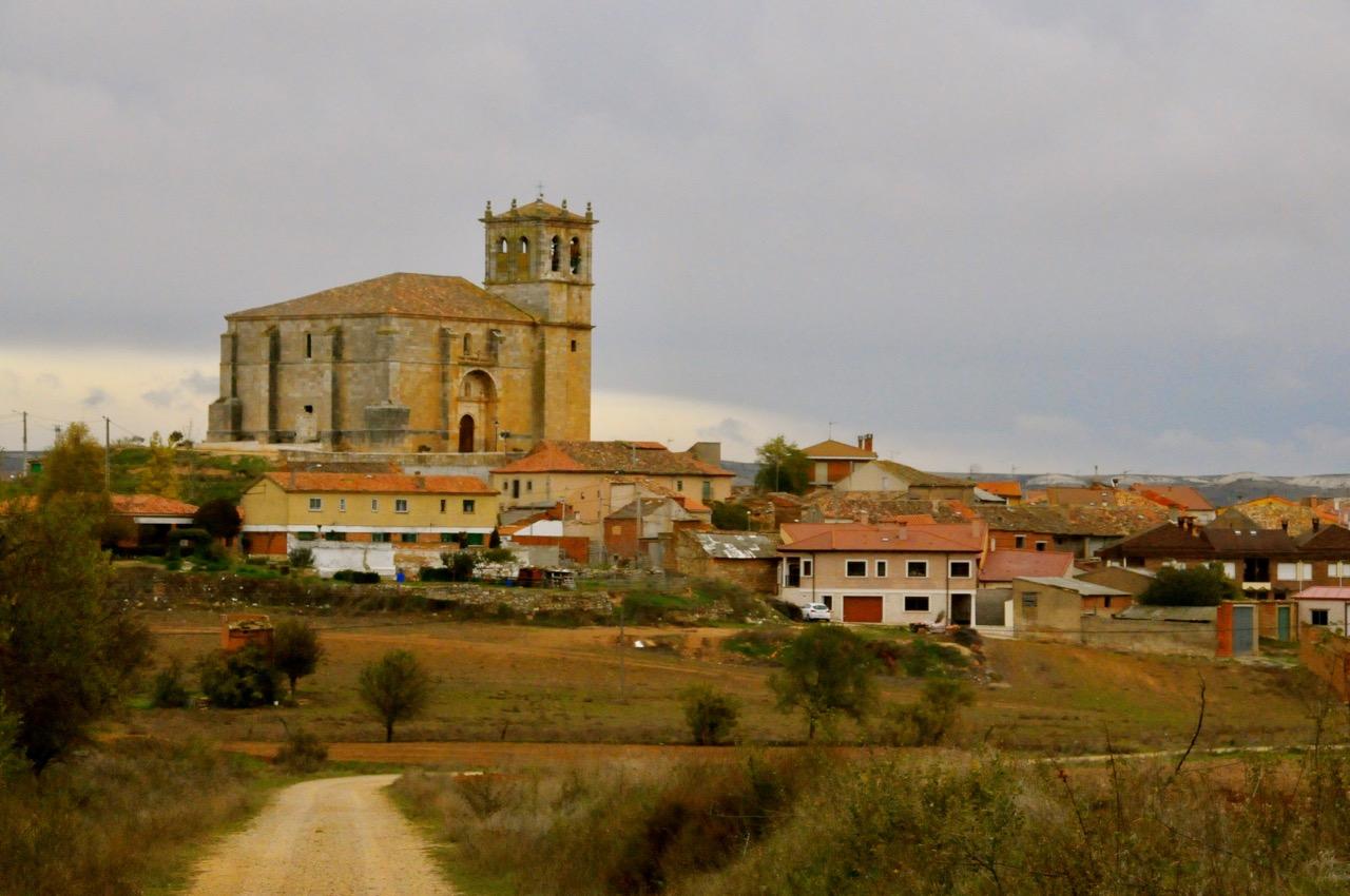 view of the castle in Olmedillo de Roa